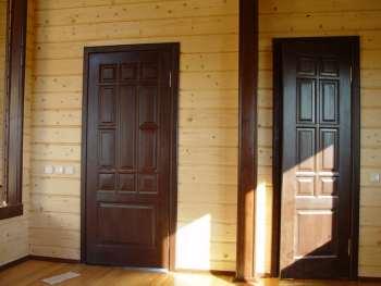 установка двери в сруб