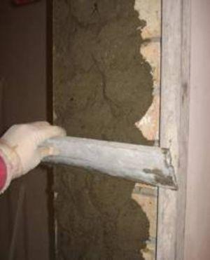 Оштукатуривание дверных проемов