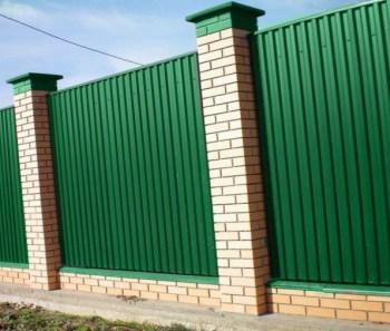 Забор из профнатила