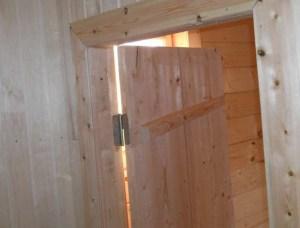 Своя дверь в баню